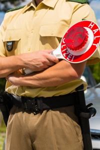 Eine Verkehrskontrolle der Polizei