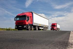 Für LKWs gelten besondere Regeln zur zulässigen Höchstgeschwindigkeit