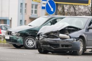 Unfälle aufgrund von einem Handy am Steuer sind vermeidbar