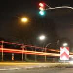 Eine rote Ampel überfahren kann eine Straftat sein