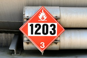 Die Gefahrenkennzeichnung am LKW ist in der GGVSEB vorgeschrieben.