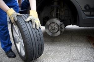Das Höhen-Breiten-Verhältnis ist auch bei einem PKW-Reifen wichtig.