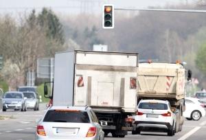 Überholverbot von LKW bei unklarer Verkehrslage
