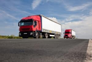 Die Ladungssicherung im LKW wird von einer Spedition übernommen