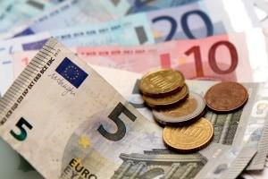 Die im Bußgeldbescheid enthaltene Gebühr reduziert sich bei einem Parkverstoß in der Regel auf 20 Euro