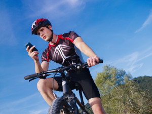 Das Telefonieren auf dem Fahrrad ist nur mit einem Headset erlaubt.