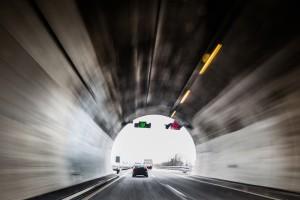 Längster Tunnel in Deutschland ist der Rennsteigtunnel - ein Autobahntunnel bei Jena.
