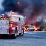Nur Spezialkräfte können bei einem Gefahrengutunfall angemessene Hilfe leisten.