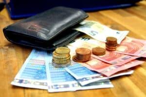 Die Bußgeldstelle Speyer kann nicht nur Bußgelder, sondern auch Verwarnungsgelder verhängen.
