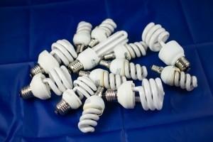 Wie soll man Energiesparlampen entsorgen? Ein neues Problem.