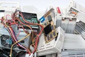 Die Entsorgung von Elektroschrott ist zu einem großen Problem in der modernen Gesellschaft geworden.