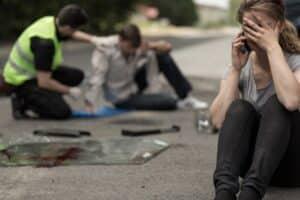 Fahrlässiges Handeln wird häufig durch fahrlässige Trunkenheit am Verkehr verursacht und bedeutet meist schwere Folgen.
