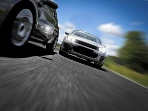 Das Strafmaß für die Nötigung im Straßenverkehr ist hoch angesetzt: Eine Freiheitsstrafe kann drohen.