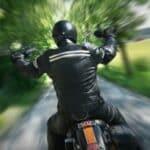 Wer fürs Motorrad den Führerschein machen möchte, muss die praktische Prüfung bestehen. Mindestalter: 24 Jahre.