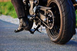 Motorradführerschein A2: Die Kosten belaufen sich in der Regel auf ca 1.500 Euro.