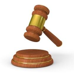 Anlage 4 der Fahrerlaubnisverordnung (FeV): Eine ärztliche Untersuchung ist bei einem möglichen Fahrverbot verpflichtend.