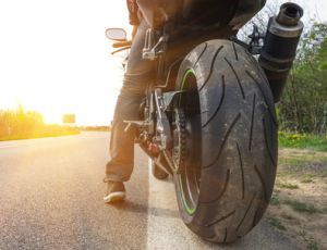 Auf dem Motorrad sind Blitzer oft nicht besonders respekteinflösend. Doch es gibt andere Methoden, Temposünder auf dem Zweirad zu überführen.