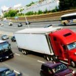 Eine ärztliche Untersuchung für den LKW-Führerschein ist obligatorisch.