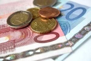 Für die Auslagenpauschale werden im Durchschnitt zwischen 15 und 30 Euro festgelegt.