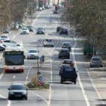 Das Messgeraet Traffipatrol kann auf Autobahnen und im Stadtverkehr eingesetzt werden.