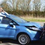 Welchen Schaden die Fahrzeuge davongetragen haben, können Privatkunden von einem TÜV-Gutachter einschätzen lassen.