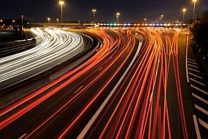 Die 12-Tage-Regelung für Busfahrer besagt auch, dass sie bei Nachtfahrten schon nach drei Stunden eine Pause einlegen müssen.