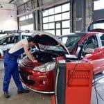 Die Reparaturkosten an einem Fahrzeug sollten nicht dessen Wiederbeschaffungswert übersteigen .