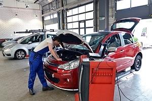 Die Reparaturkosten an einem Fahrzeug sollten nicht dessen Wiederbeschaffungswert übersteigen.