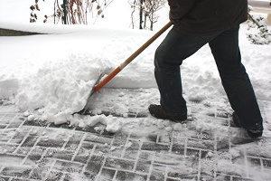 Schneeräumen: Wer muss sich darum kümmern?