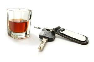 Alkohol verbleibt lange im Blut: Den verbleibenden Rest kann unser Alkoholrechner schnell für Sie ausrechnen.