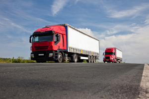Die Achslastberechnung beim Lkw ist komplizierter, da die Position der Ladung miteinbezogen werden muss.