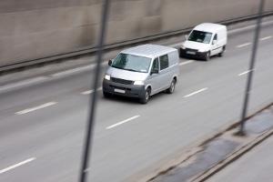 Gerade auf der Autobahn lösen Drängler immer wieder gefährliche Situationen aus.