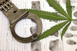 Der Konsum von Marihuana am Steuer wird hart bestraft.