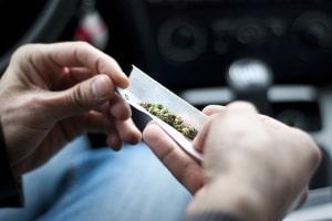Passiv kiffen: Im Drogentest kann das nachweisbar sein.