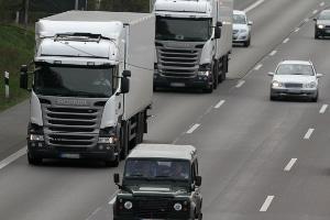 Die StVO gibt einen ausreichenden Seitenabstand für alle Kraftfahrzeugführer vor.