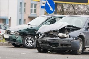 Verjährung: Hat Fahrerflucht einen Sachschaden zur Folge, kann dieser nicht unbegrenzt geltend gemacht werden.