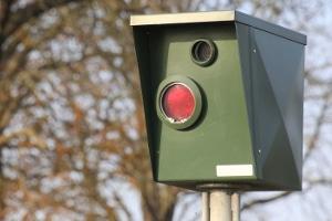 Qualifizierter Rotlichtverstoß: Welche Konsequenzen drohen einem Fahrer?