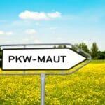 Die Infrastrukturabgabe (Maut) wird in Deutschland eingeführt.