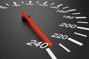 Ab wie viel Punkten ist der Führerschein weg? Die neue Reform hat die Grenze auf 8 Punkte festgelegt.