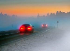 Mit dem Auto in Belgien unterwegs zu sein, bedeutet auch die Regeln zur Nebelschlussleuchte zu kennen.