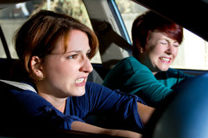Der Bremsweg richtet sich u.a. nach der Geschwindigkeit - ob LKW oder PKW