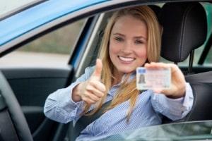 Führerschein nicht vergessen:  Ohne gültige Fahrerlaubnis dürfen Sie in Deutschland nicht am Fahrsicherheitstraining teilnehmen.