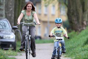 Verkehrserziehung mit dem Fahrrad: In der Regel findet das in der Grundschule statt.