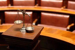Meist raten Anwälte dazu, den Anhörungsbogen nicht zu beantworten.