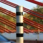 Stationäre Blitzer: Immer häufiger werden Starenkästen durch Blitzersäulen ersetzt.