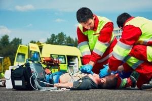 Bei Personenschäden müssen bei einem Autounfall auch in Dänemark die Rettungsdienste verständigt werden.