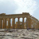 Bei einem Unfall in Griechenland muss die Polizei verständigt werden.