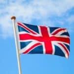 Geschieht während des Urlaubs ein Unfall in Großbritannien, ist es wichtig zu wissen, was zu tun ist.