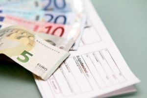 Knöllchen aus Spanien können ab einer Höhe von 70 Euro auch in Deutschland verfolgt werden.