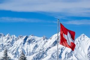 Einen Strafzettel aus der Schweiz müssen Sie in der Regel nicht zwingend bezahlen.